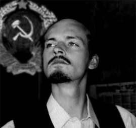 """Fitz van Thom als """"Lenin"""" (2003)"""